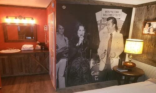 Branson King Resort Conway Twiity and Loretta Lynn 2